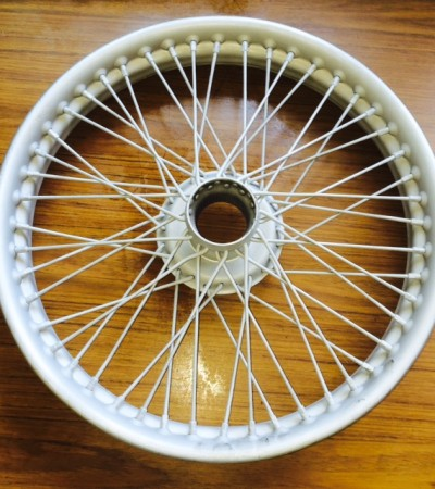 19″ Outside Laced Wire Wheels